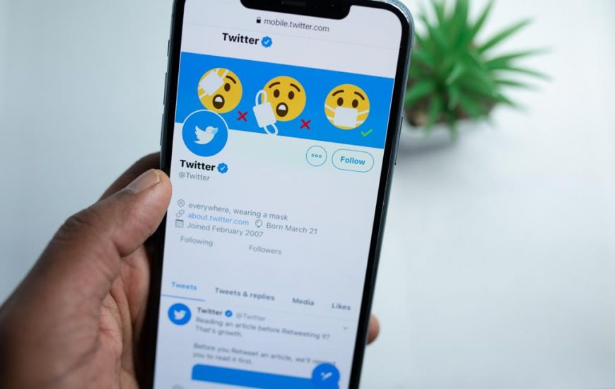 """Twitter Üyeliği Ücretli Mi Oluyor? """"Twitter Blue"""" Nedir?"""